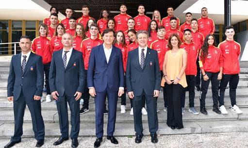 La selección española de kata consigue dos oros, una plata y tres bronces en el décimo campeonato mundial de karate