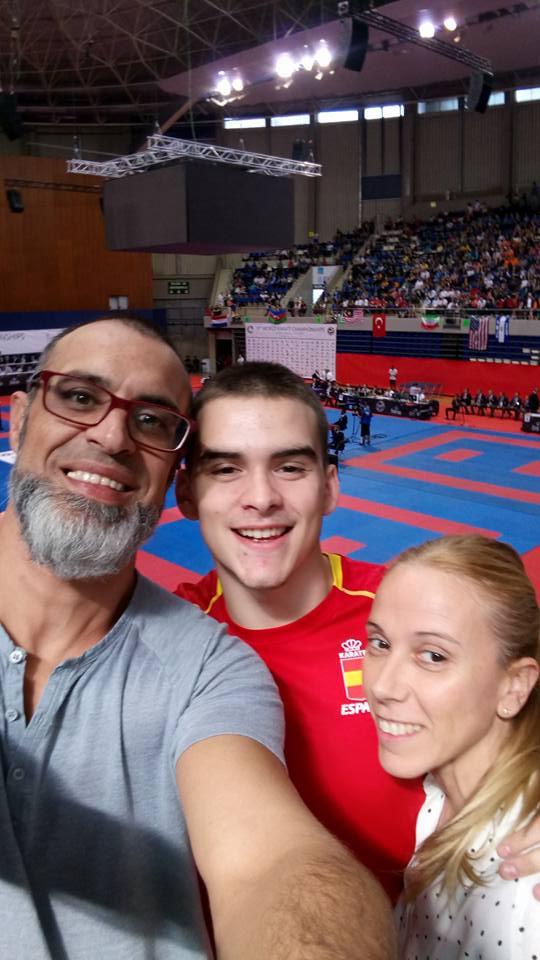 Buena actuación de Alfredo Domínguez en el campeonato del mundo de karate