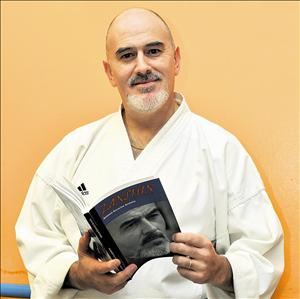 El leonés Antonio Escoriza se consagra con el séptimo Dan de Karate