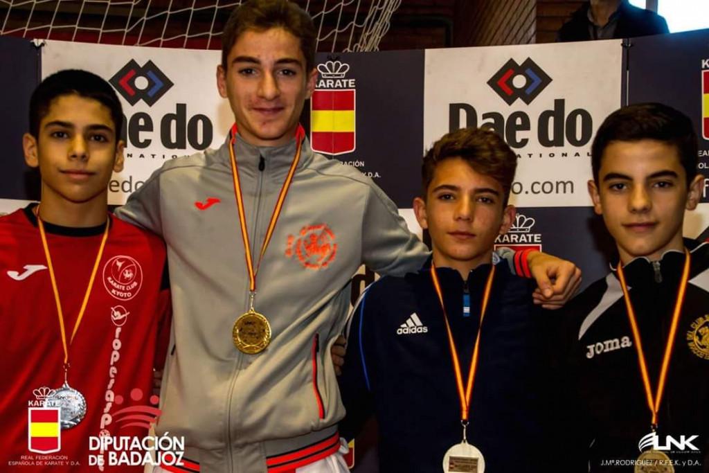 Bronce para Cristina Pons y Julen Triay en la Liga Nacional de Karate