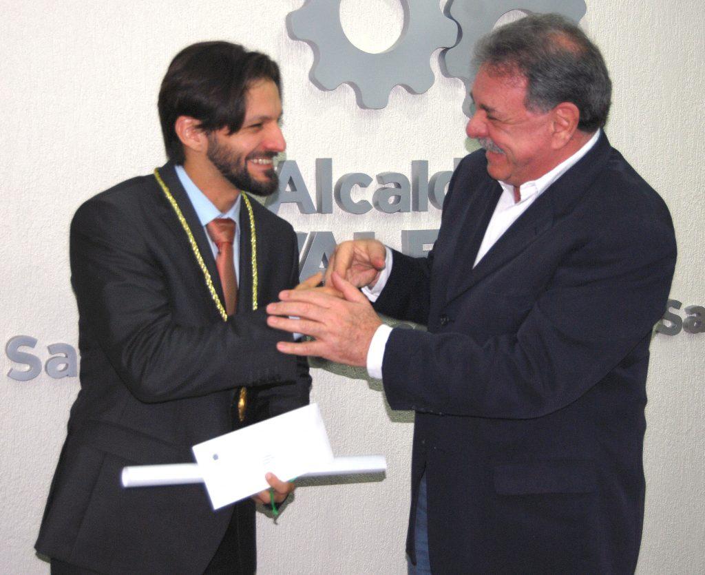 Miguel Cocchiola, otorgó la Orden Arturo Michelena a Antonio José Díaz