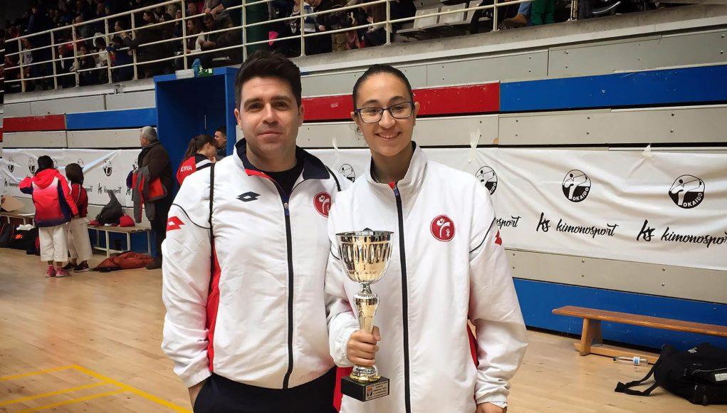 Andrea Fernández debuta en la categoría Senior con una medalla de Plata