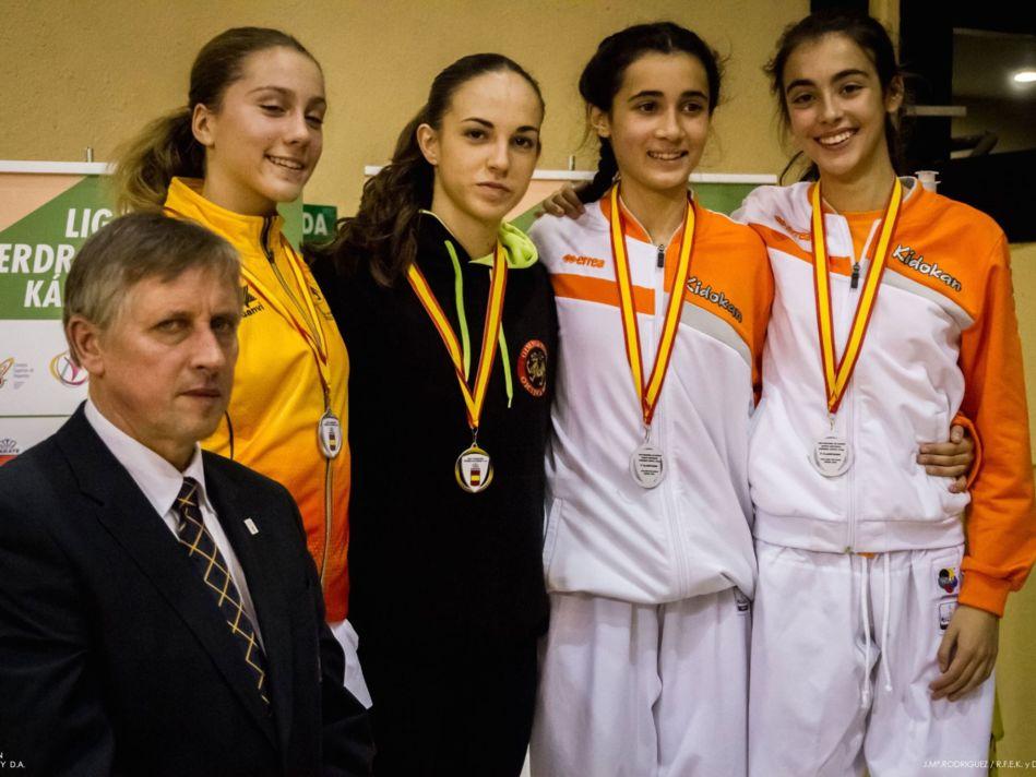 Matías Gómez y Nidia García triunfan en la primera jornada de la Liga Nacional de karate