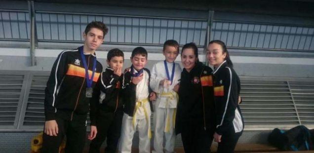 Buenos resultados del Club Karate Sedaví