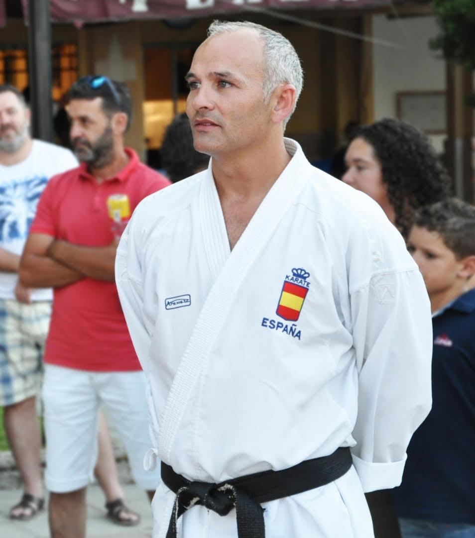 César Martínez, el entrenador de karate de España en Buenos Aires 2018, habla del logro Olímpico de su deporte