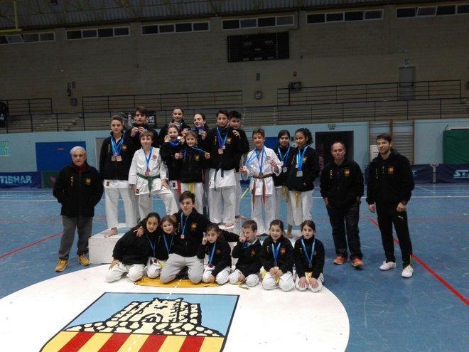 El Club de Karate Shotokan consiguió 17 medallas en el Trofeo Promoción de Invierno 2018
