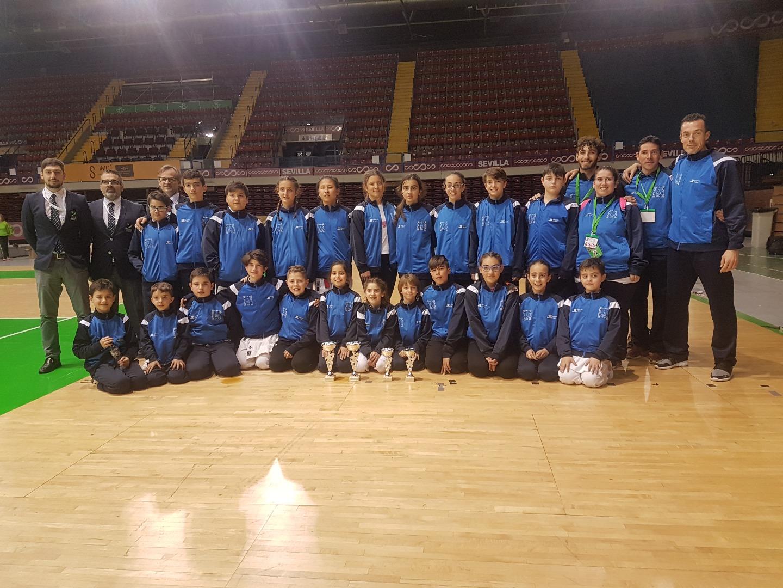 El Club Dakentai destaca en el campeonato de Andalucía de kárate