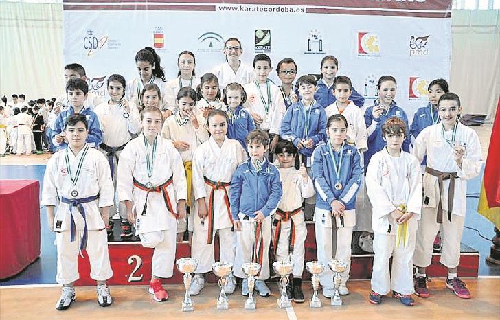 El club Kimé vuelve a vencer con 25 medallas en el trofeo de La Carlota