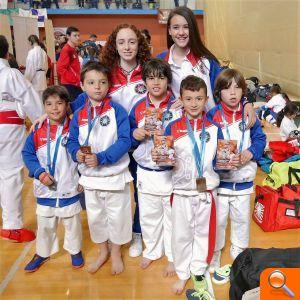 El club de karate Ni Sente Nashi l'Eliana, 1º del ranking de clubs de la CV en categorías inferiores