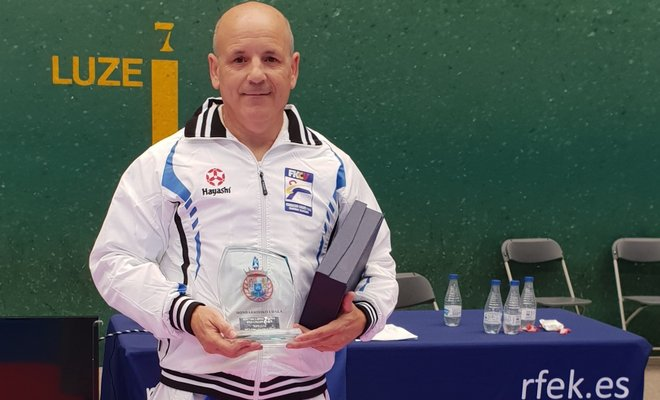 Carlos Giménez se proclama campeón de España de veteranos