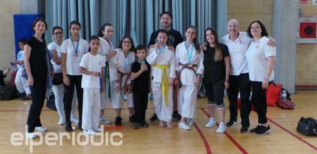 El Club Karate Sedaví triunfa en Mislata y Alicante