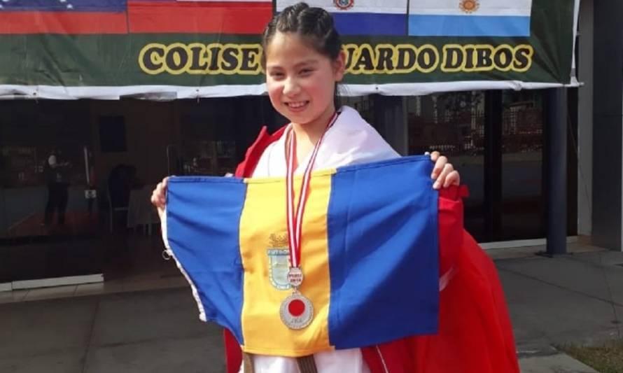 Constanza Álvarez logró 2 medallas para Chile en el Panamericano de Karate en Perú