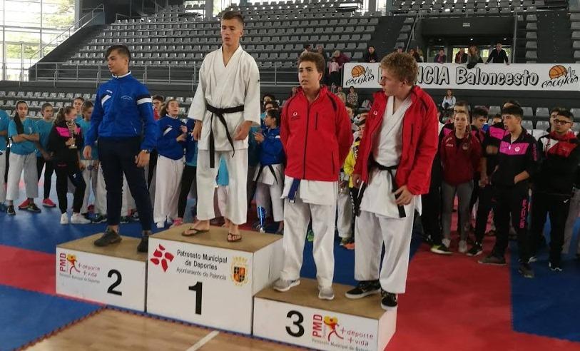 Oro para el karateka soriano Rodrigo Andrés en el Regional Cadete
