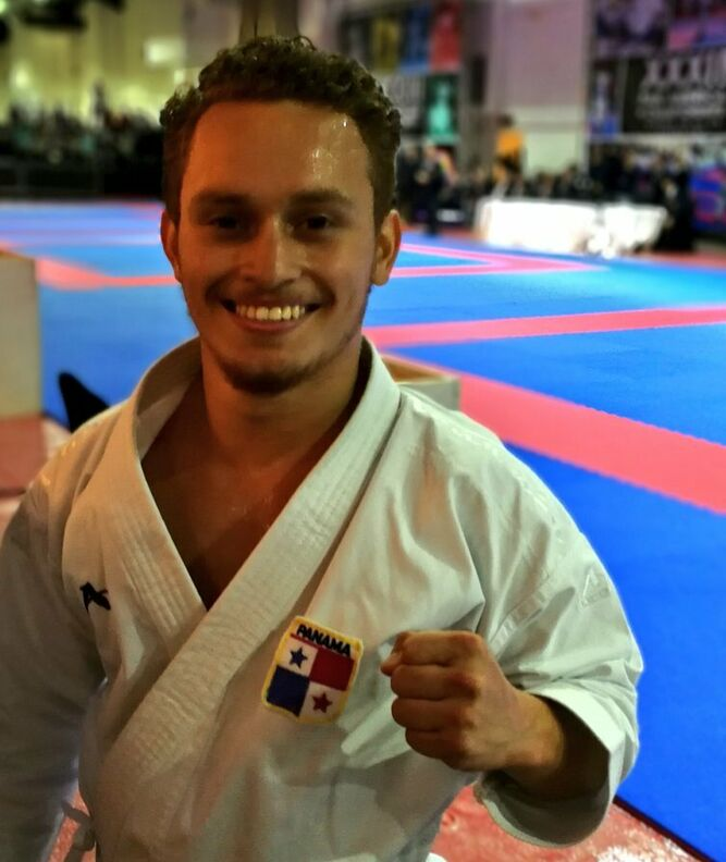 Panameño Héctor Cención clasifica a los Juegos Panamericanos