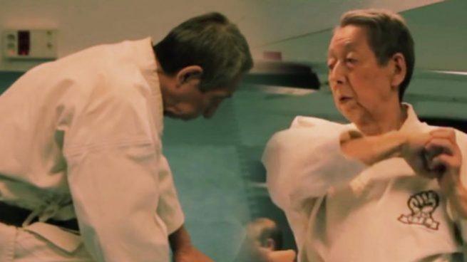 El último samurái imparte clases de kárate en Madrid a sus 78 años