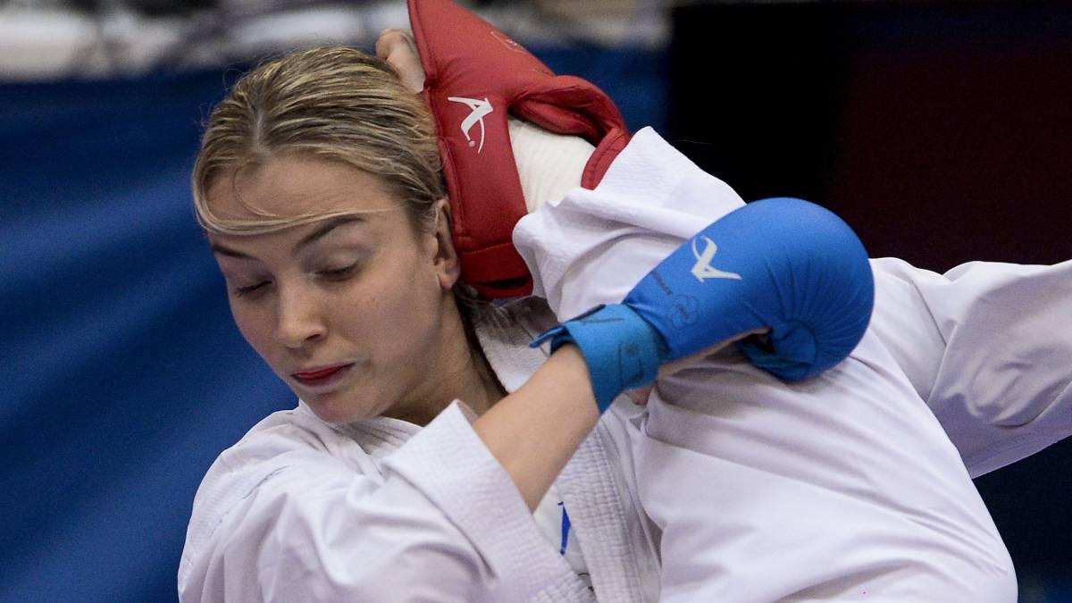 Los karatekas kosovares que competirán en Guadalajara reciben su visado en España