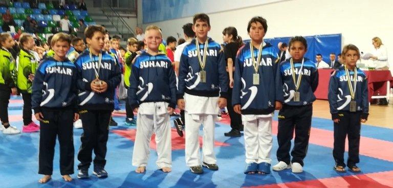 La Escuela de Kárate de Tías Club Suhari logra 7 nuevas medallas en el Campeonato de Canarias