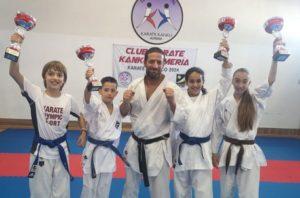 El Club Kárate Kanku se proclama campeón de España por equipos en categoría infantil en Madrid